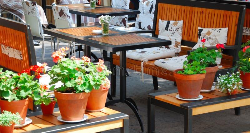 Café do ar aberto do verão fotos de stock