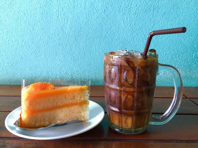 Café do bolo e de gelo imagens de stock