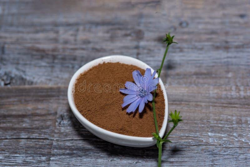 Café do diabético com chicória Substituição alternativa para o preto foto de stock