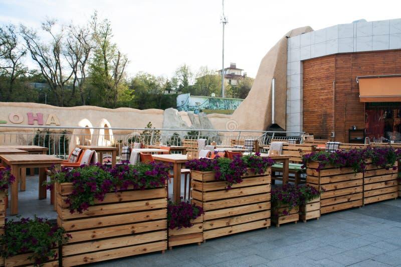 Café do verão no ar livre foto de stock