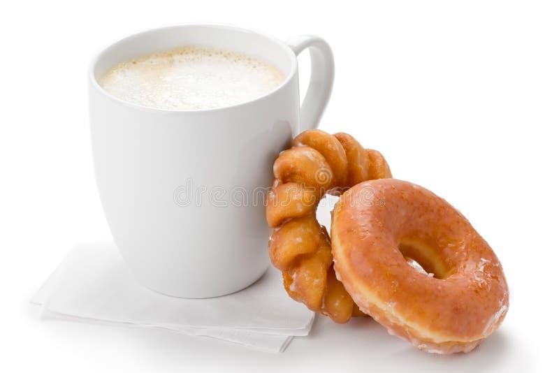 Café e anéis de espuma fotos de stock royalty free