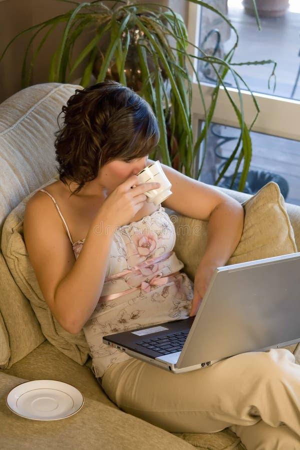 Café e computador imagens de stock royalty free