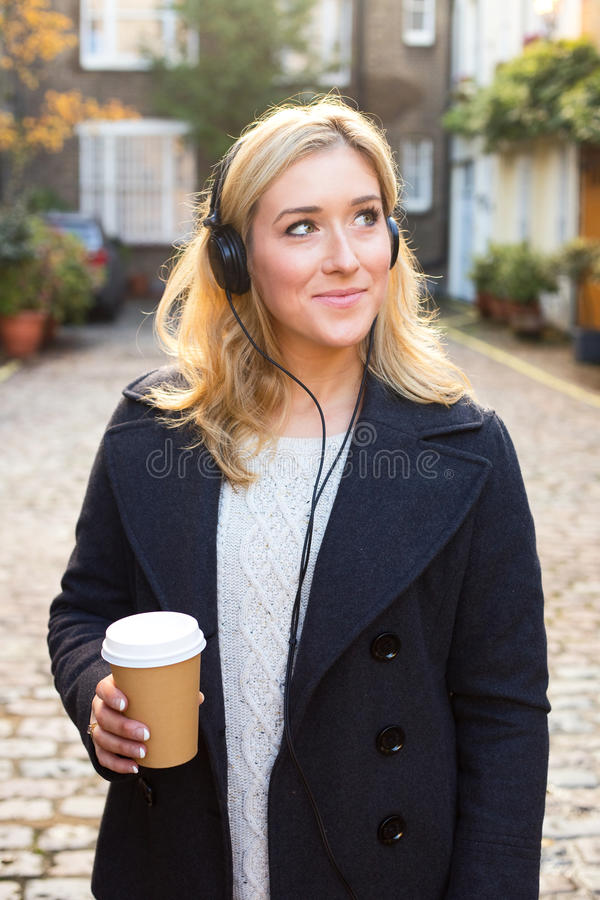 Café e música fotografia de stock royalty free