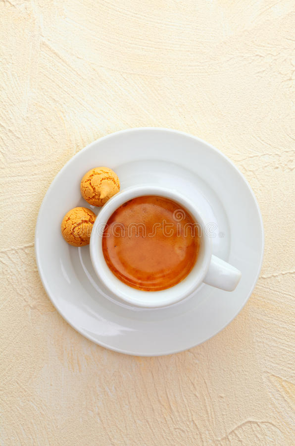 Café E Macaroons Do Café Fotografia de Stock Royalty Free