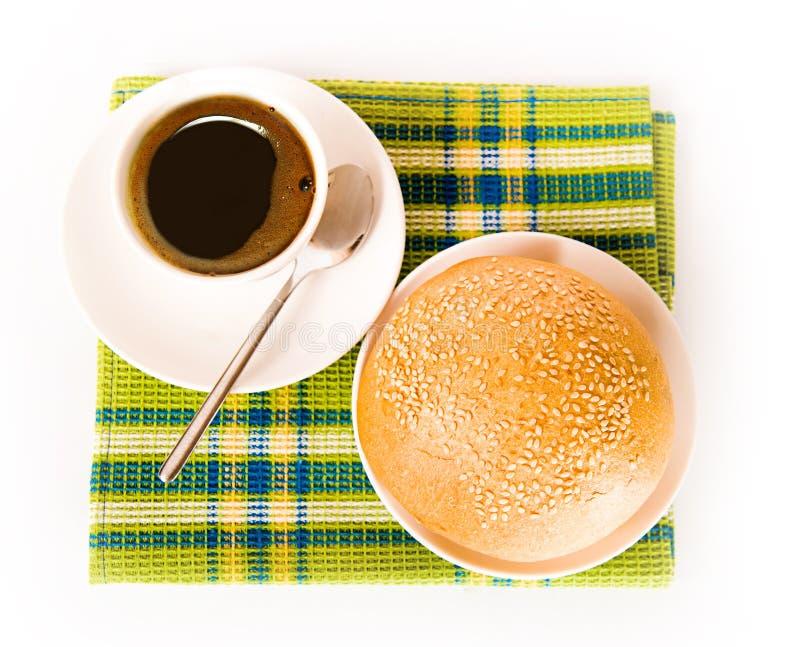 Café e pão recentemente cozido fotos de stock