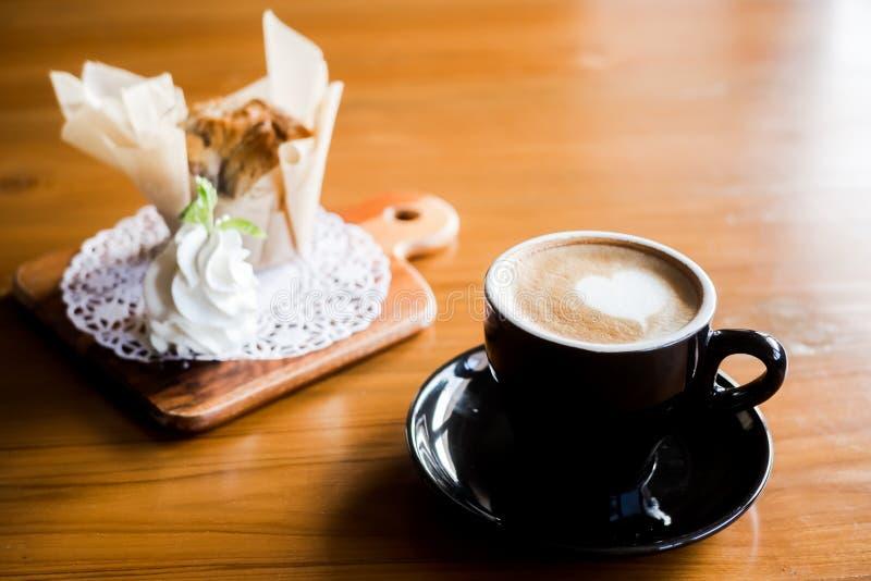 Café e queque imagens de stock