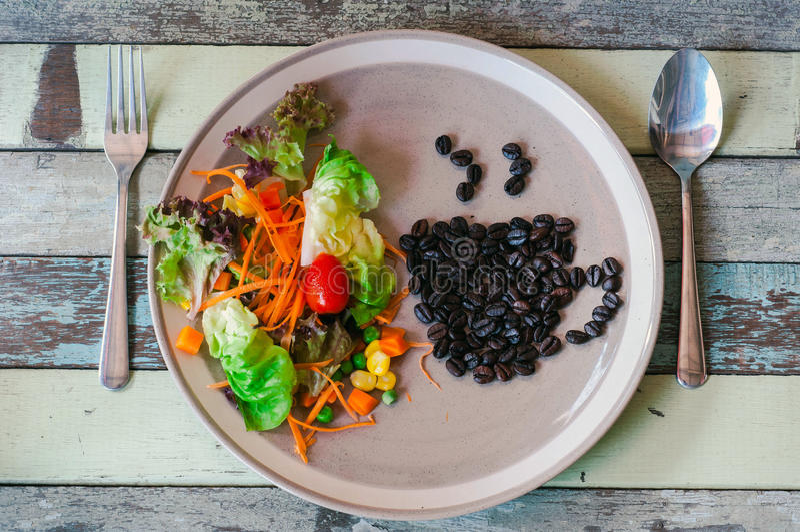 Café e salada imagem de stock royalty free