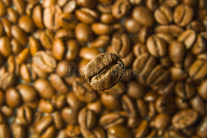 Café en café fotos de archivo
