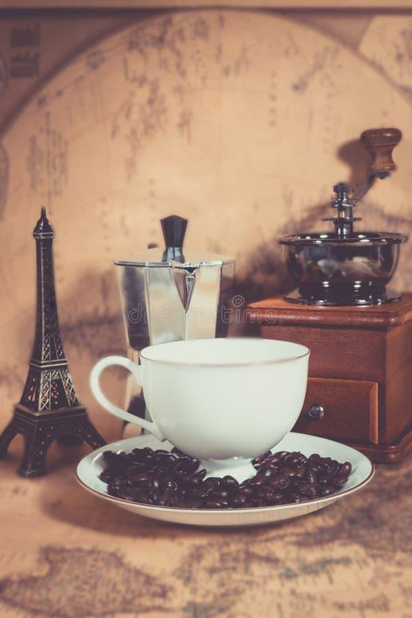 Café en el mapa foto de archivo libre de regalías