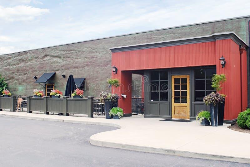 Download Café extérieur photo stock. Image du diner, cour, restaurant - 45367854