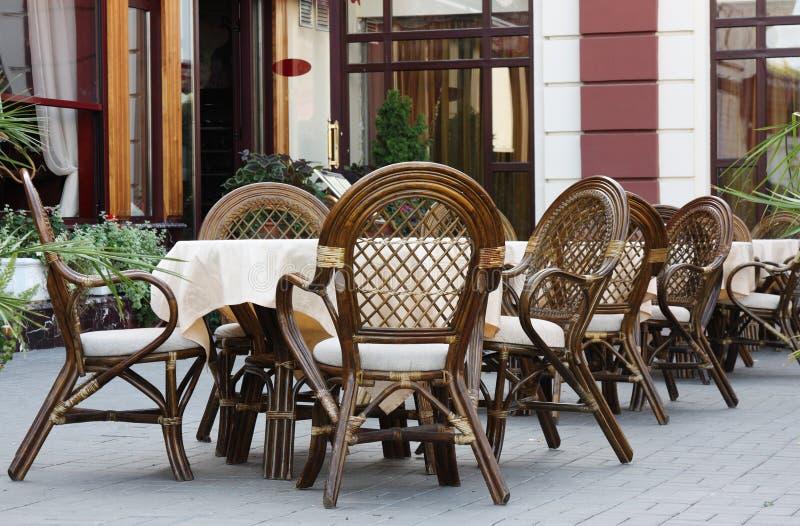 Café fora fotografia de stock