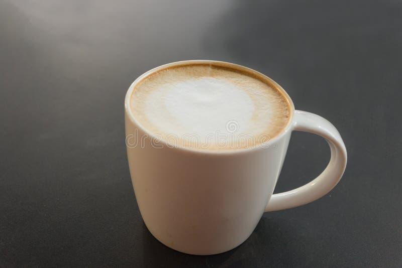 Café fresco caliente imagenes de archivo