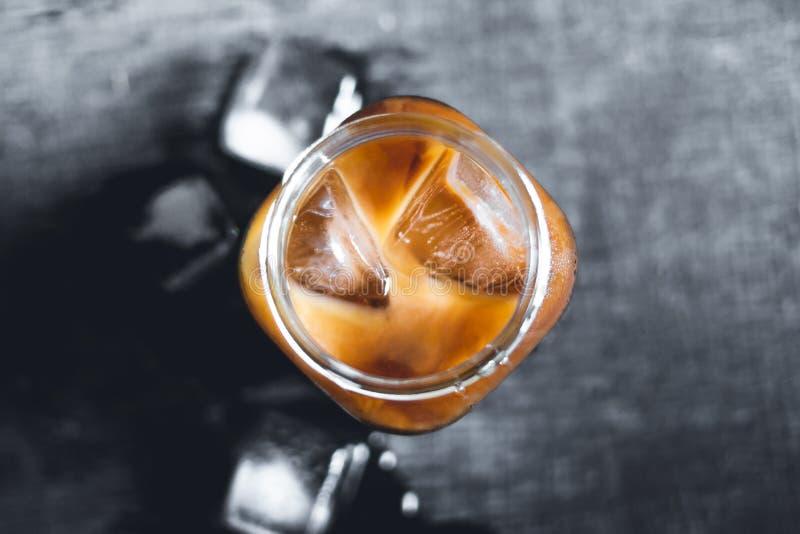 Café fresco congelado do café no vidro foto de stock royalty free