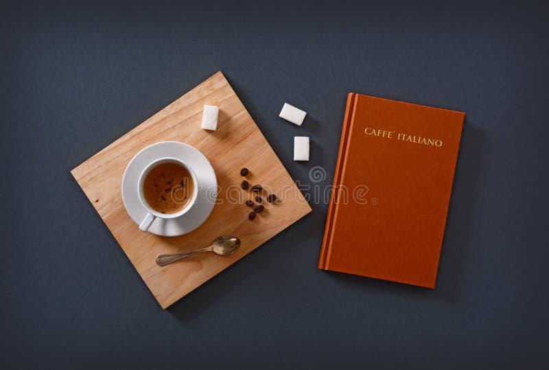 Café italiano do café no copo imagens de stock royalty free