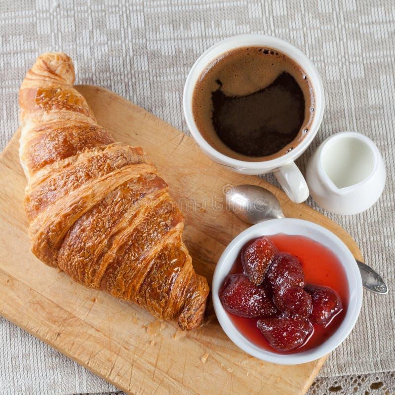 Prix Croissant Caf Ef Bf Bd