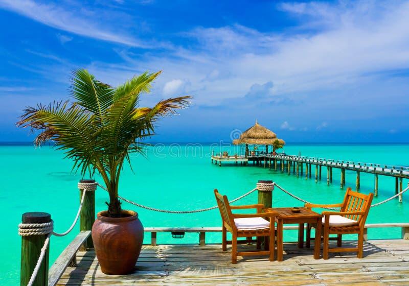 Café na praia imagens de stock royalty free