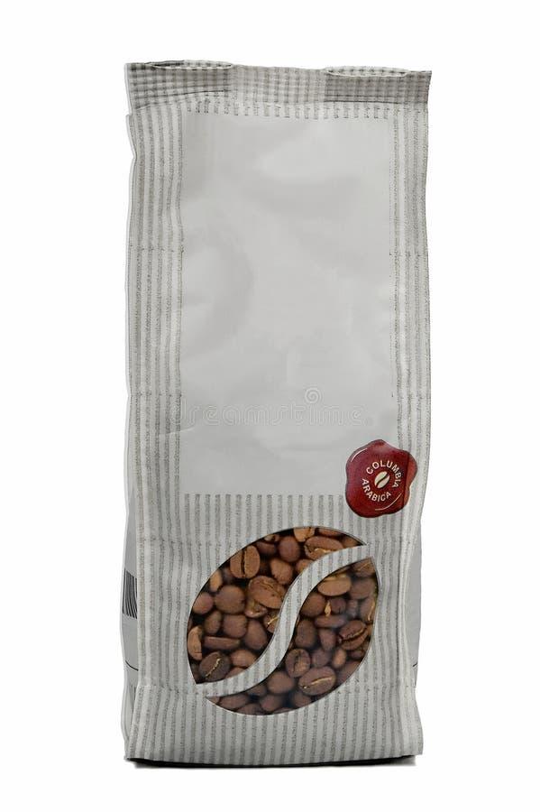 Café nas grões em um pacote foto de stock