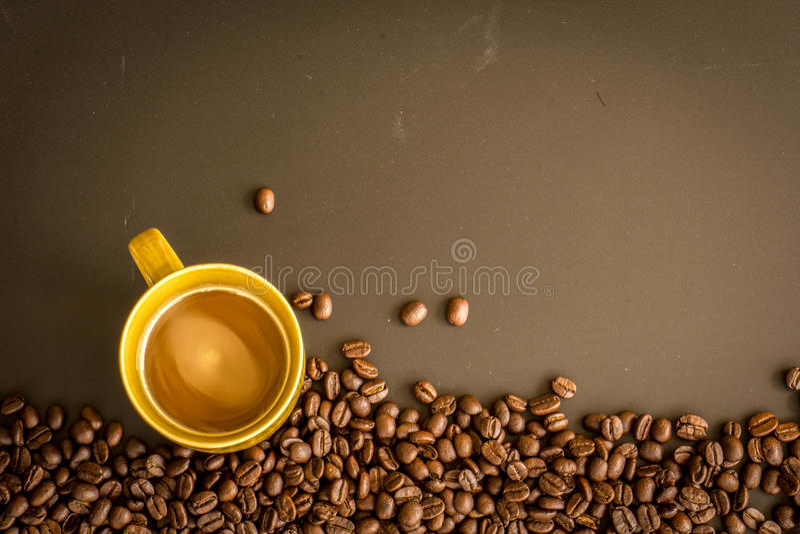 Café no fundo da obscuridade do grunge fotos de stock