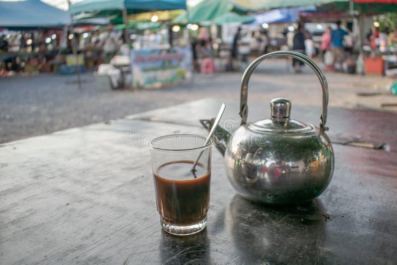 Caf? no mercado fotografia de stock royalty free