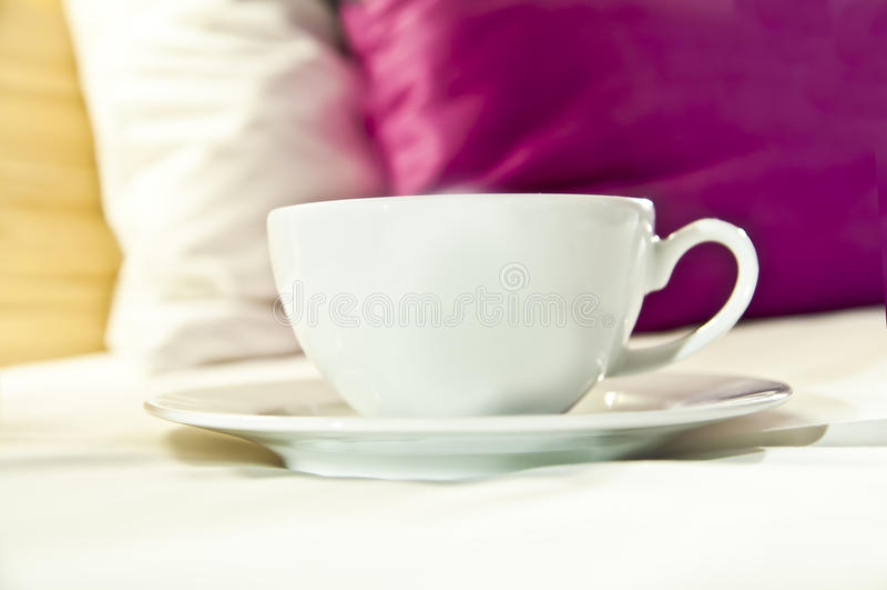 Café o té servido para acostar imágenes de archivo libres de regalías
