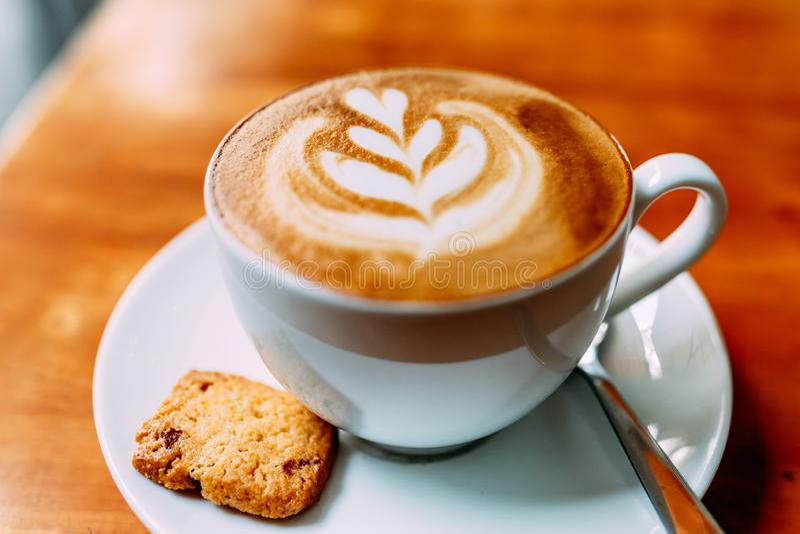 Café perfumado, cappuccino foto de stock
