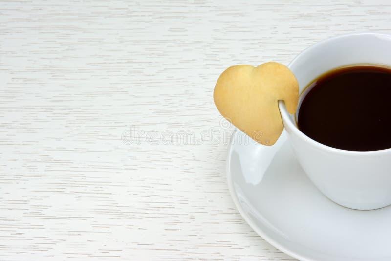 Café preto com cookie foto de stock