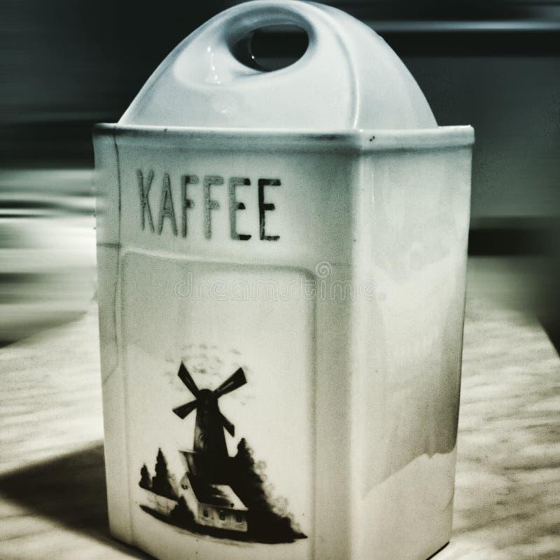 Café Regard artistique dans le style de duotone photo stock