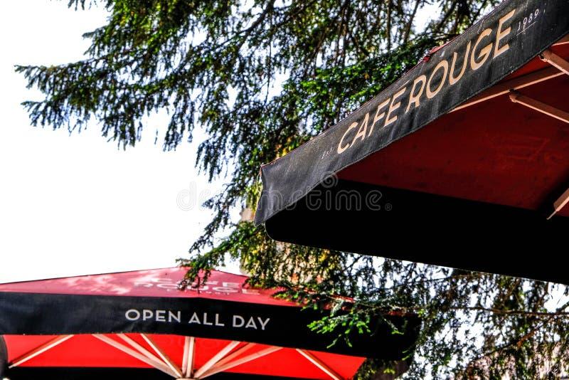 Caf?-Rouge-franz?sische Art-Restaurant-Gruppe lizenzfreies stockbild