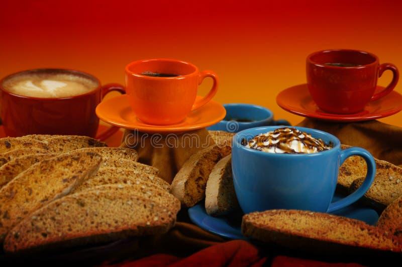 Café y Biscotti imagen de archivo libre de regalías