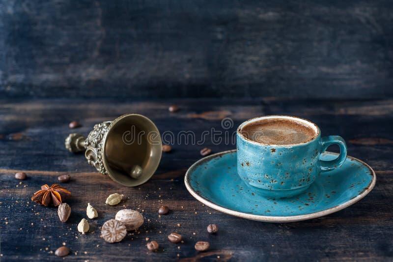 Café y especias del café express foto de archivo libre de regalías