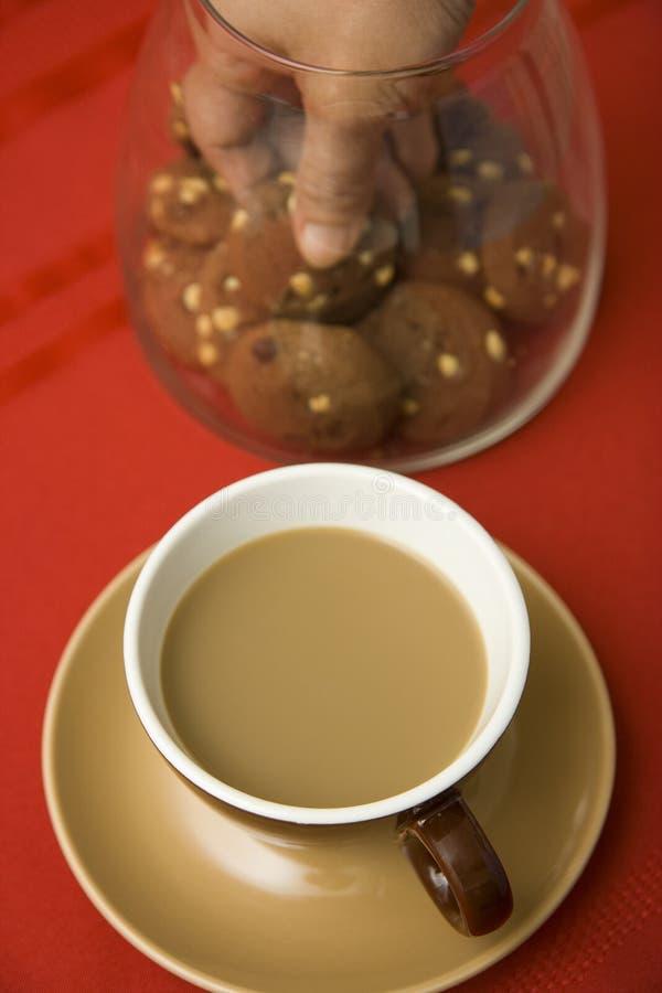 Café y galletas imágenes de archivo libres de regalías