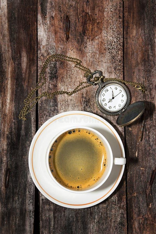 Café y relojes fotografía de archivo libre de regalías