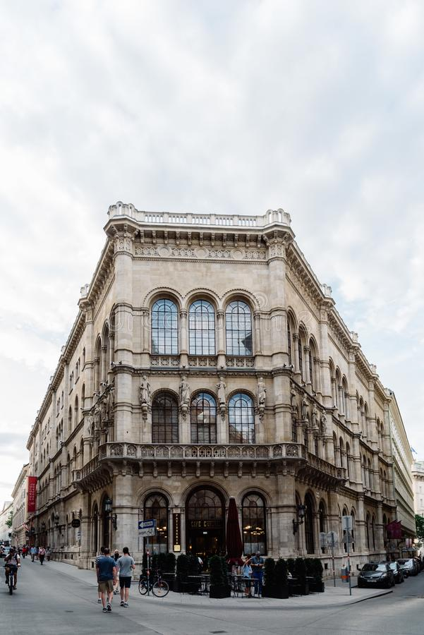 Café-Zentrale im historischen Stadtzentrum von Wien lizenzfreies stockfoto