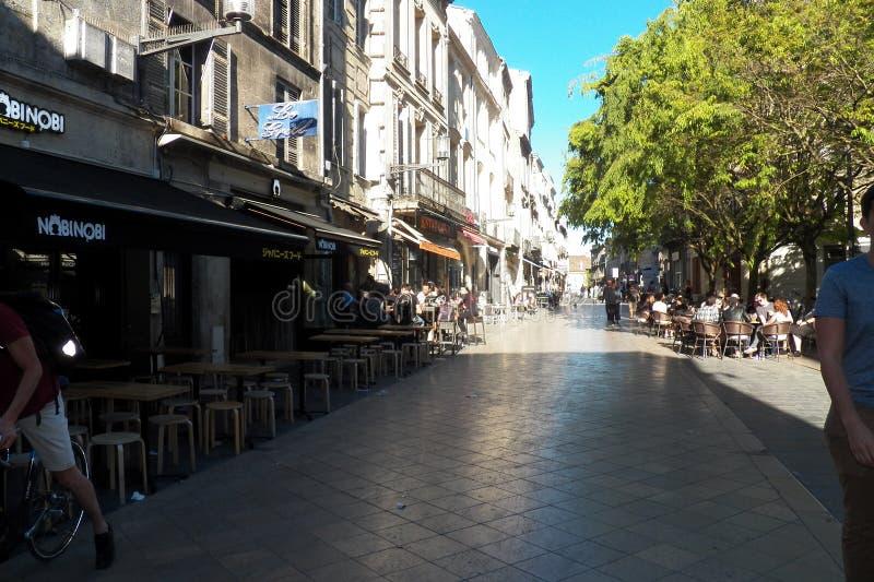 Cafés da rua na cidade do Bordéus fotos de stock royalty free