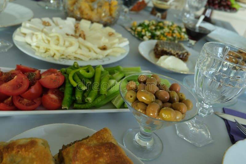 Caf? da manh? tradicional do turco imagem de stock royalty free