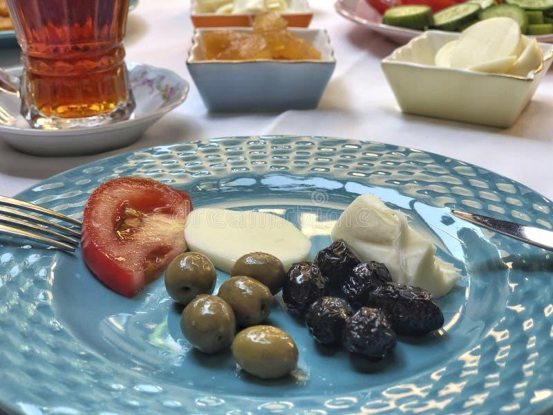 Caf? da manh? tradicional do turco na tabela fotografia de stock