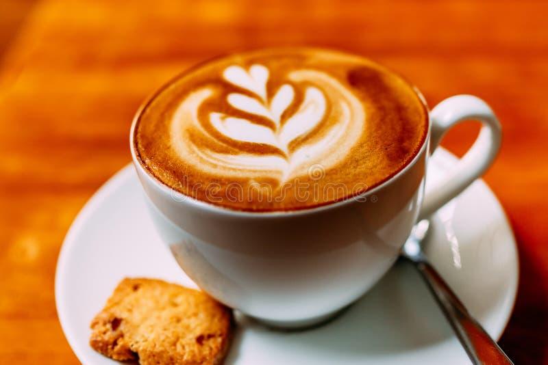 Caf? perfumado, cappuccino foto de stock
