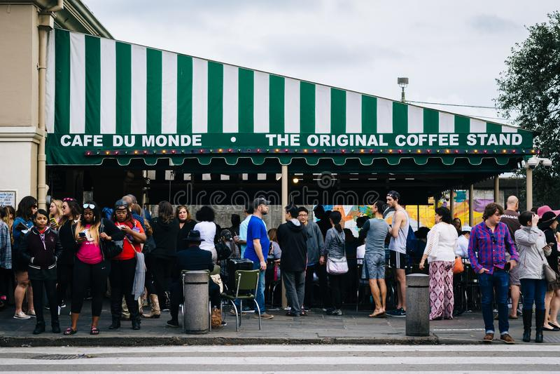 Cafe Du Monde, nel quartiere francese, New Orleans, Luisiana immagini stock