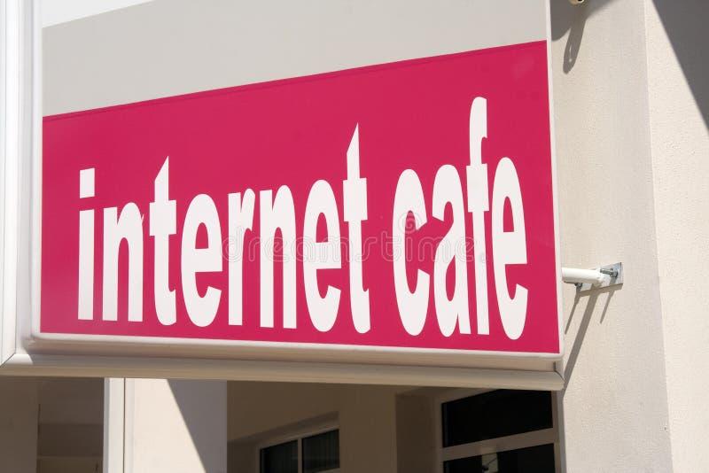 cafeinternet royaltyfri bild