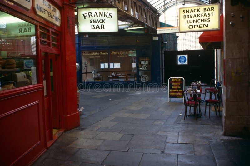 Cafes och restauranger i London royaltyfria bilder