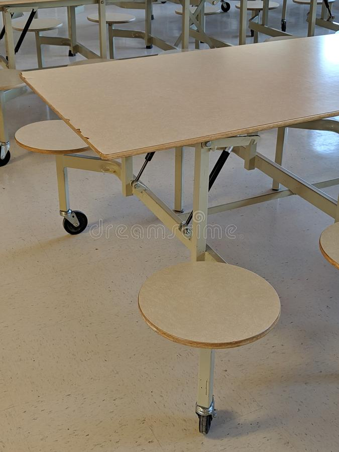 Cafeteria-Tabelle ( Tables) ( School) stockfoto