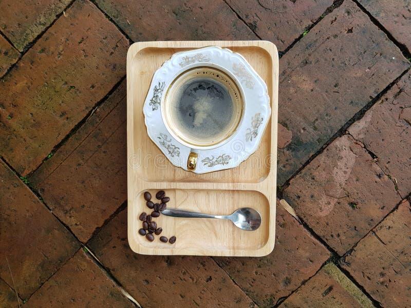 Caffè caldo di americano o caffè nero immagine stock