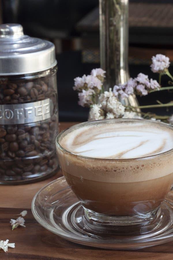 Caffè caldo di mocca, sapore, aroma nella mattina fotografia stock libera da diritti