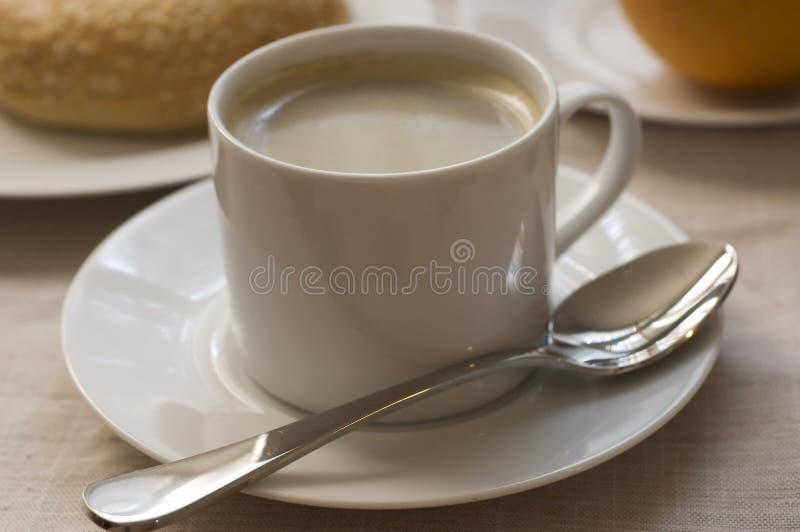 Download Caffè Con La Prima Colazione Immagine Stock - Immagine di caffè, schiuma: 206437