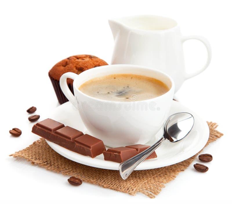 Caffè con latte e la torta immagine stock libera da diritti