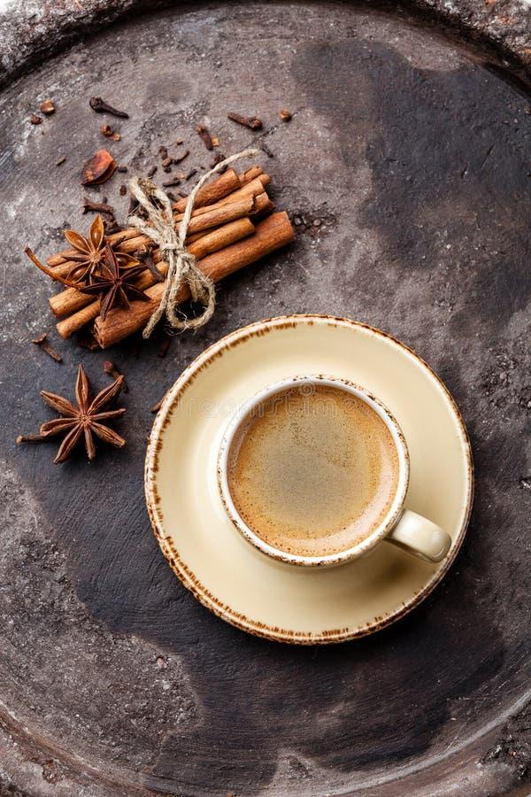 Caffè con le spezie fotografie stock