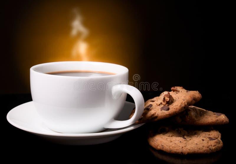 Caffè con un fumo immagine stock