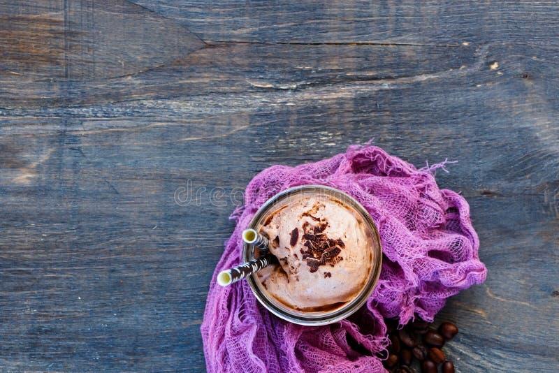 Caffè di ghiaccio con panna montata fotografie stock libere da diritti