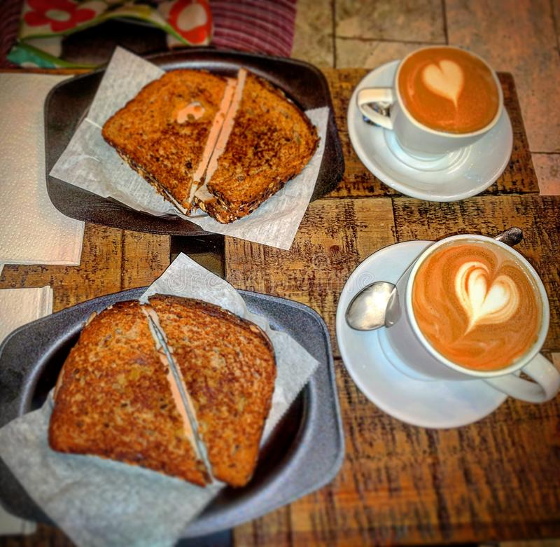 Caffè e panino fotografia stock libera da diritti