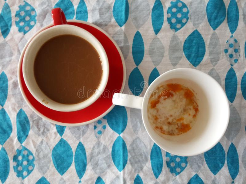 Caffè e uova sode molli immagini stock libere da diritti